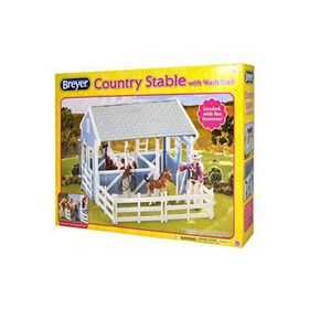 Breyer Classics Stable With Wash Stall