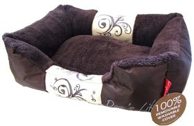 Dog's Life - Waterproof Winter Dog Bed (M) in Brown