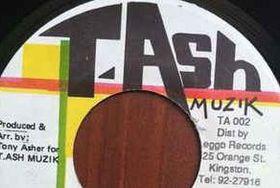 Ash Muzik (CD)